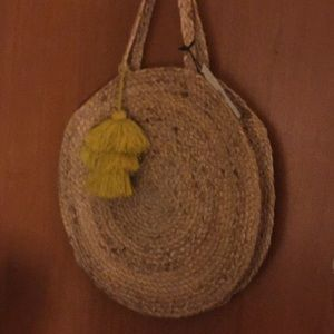 Bee and Willow NWT Cute Jute Bag